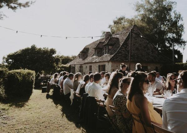 repas exterieur mariage